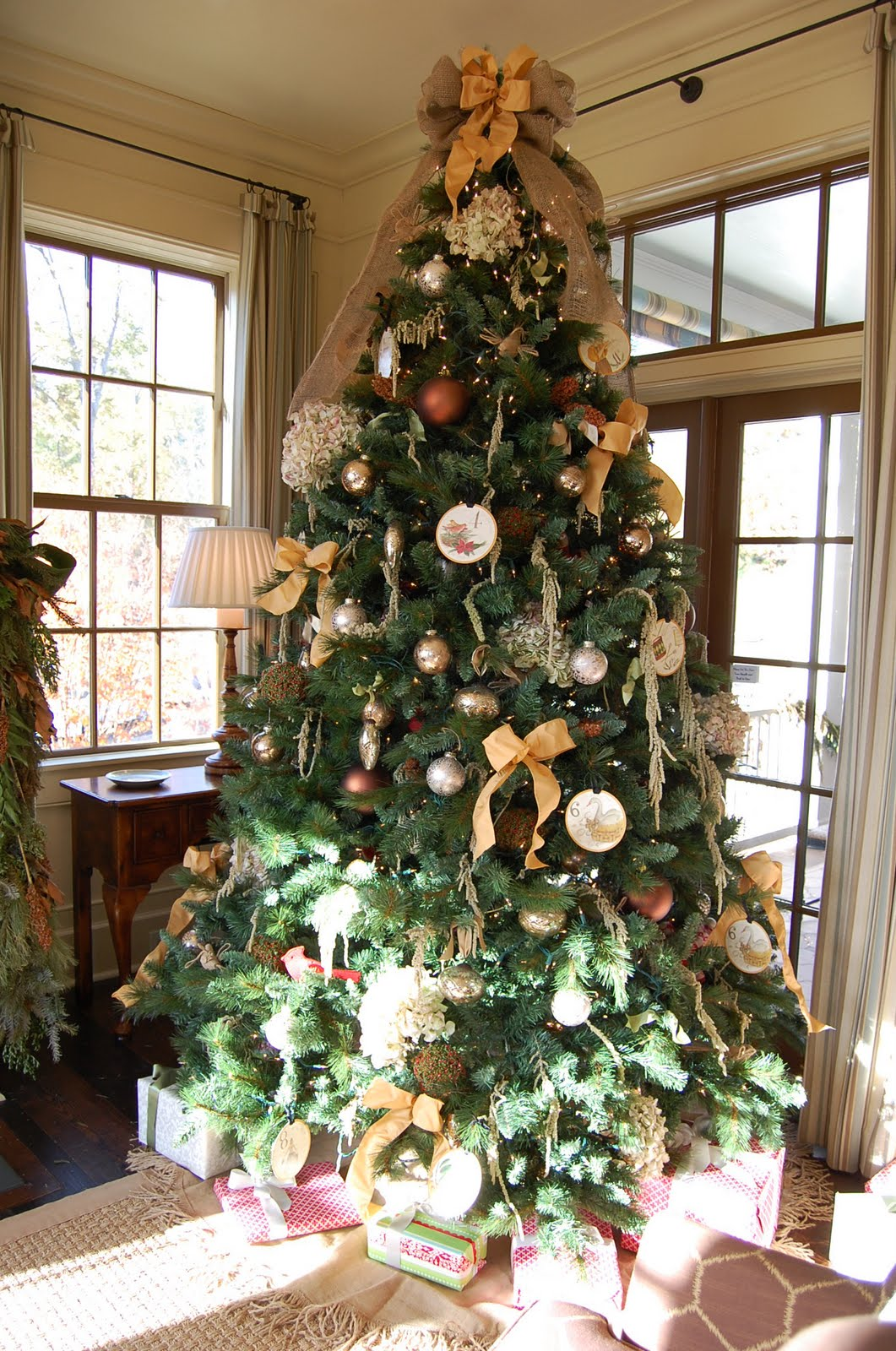 Christmas Mantel Decorated with Natural Greenery in Southern ...