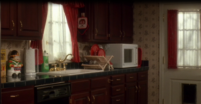 Kitchen in Home Alone movie house