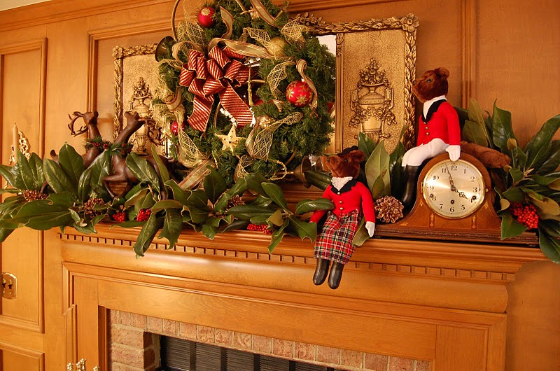 decorating for christmas with magnolia and pine - Decorating Your Mantel For Christmas