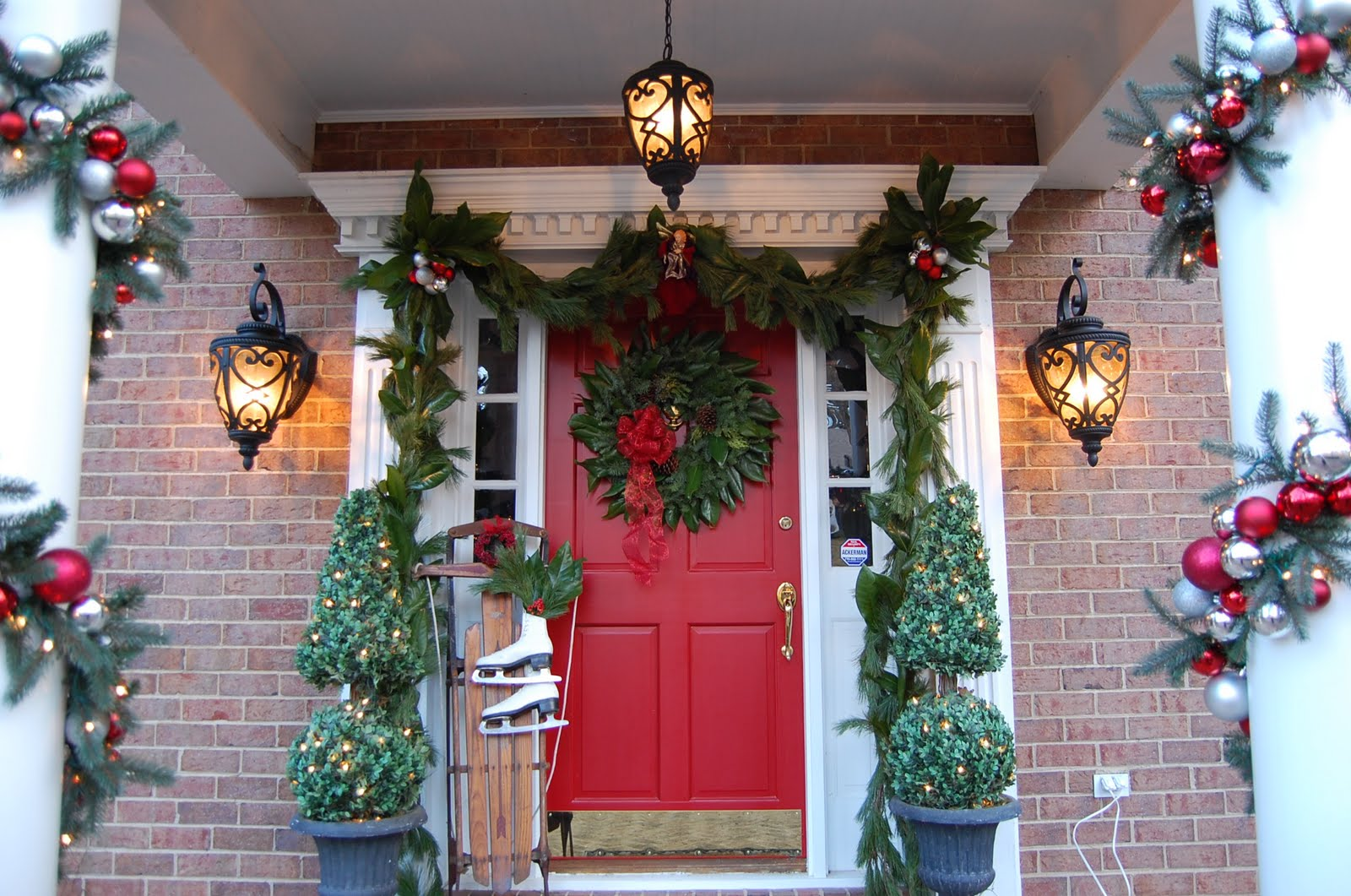 Decorating for christmas with magnolia and pine for Above door decoration
