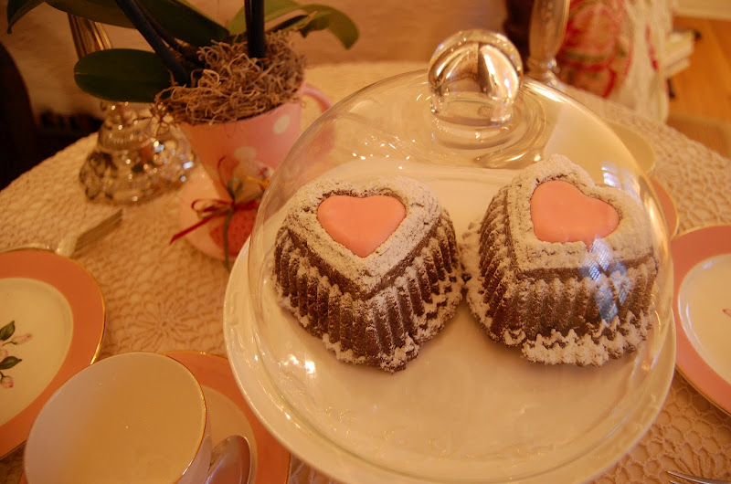 Heart shaped cakes for Valentine's Day